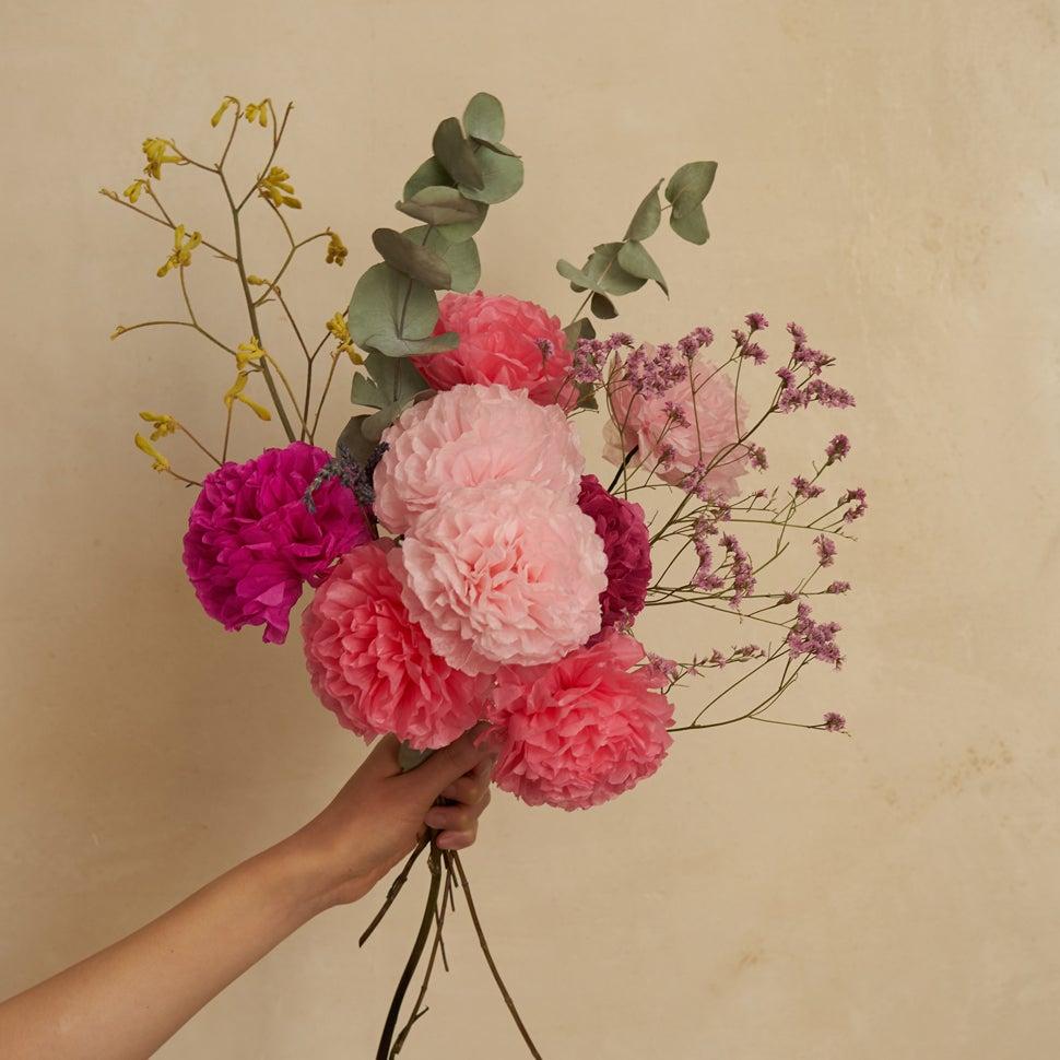Image of Pom Pom Bouquet 10cm
