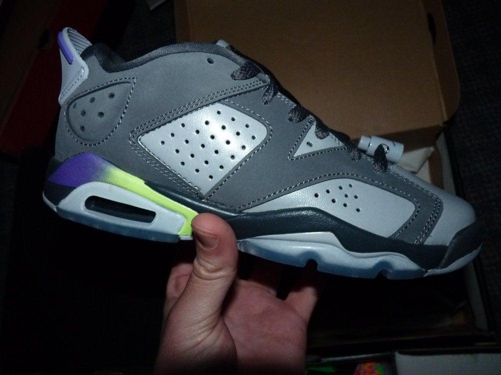 "Image of (New) Jordan ""Ultraviolet"" Low 6 sz 4.5y"