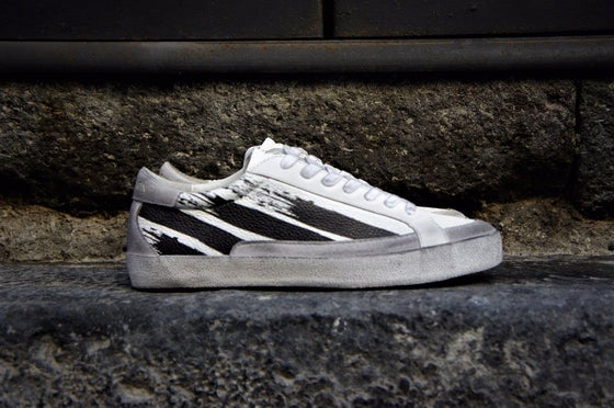 Image of RELIGION LONDON DOWN TOWN LEATHER SNEAKERS