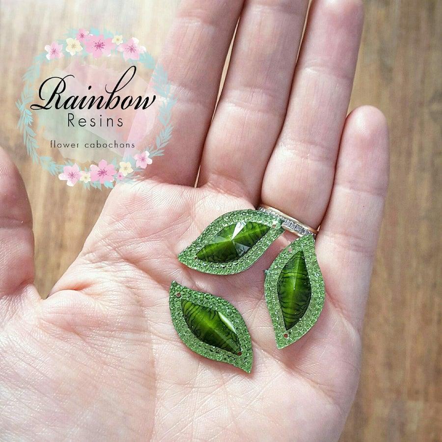 Image of Green rhinestone leaves x 5