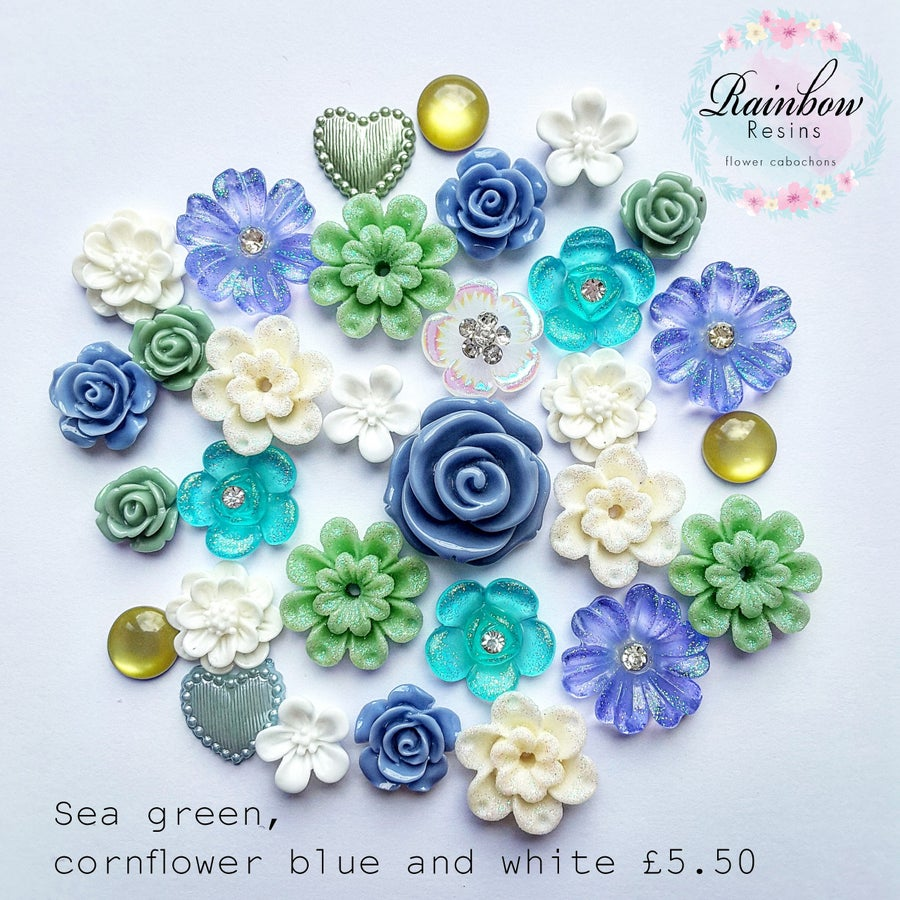 Image of Sea green, cornflower blue and white