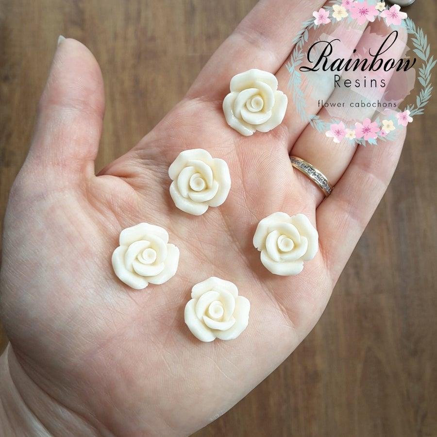 Image of Cream matt roses x 10