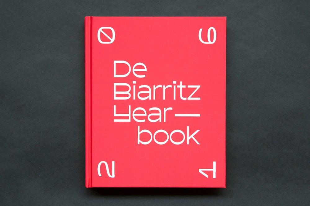 Image of De Biarritz Yearbook 2016