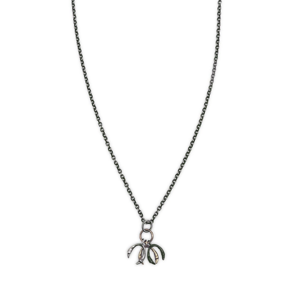 Image of triple horseshoe necklace (P1381520)