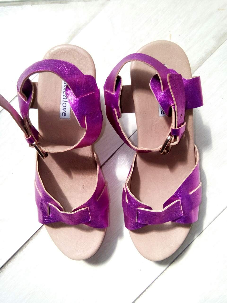 Image of LISA SANDAL - METALLIC PINK