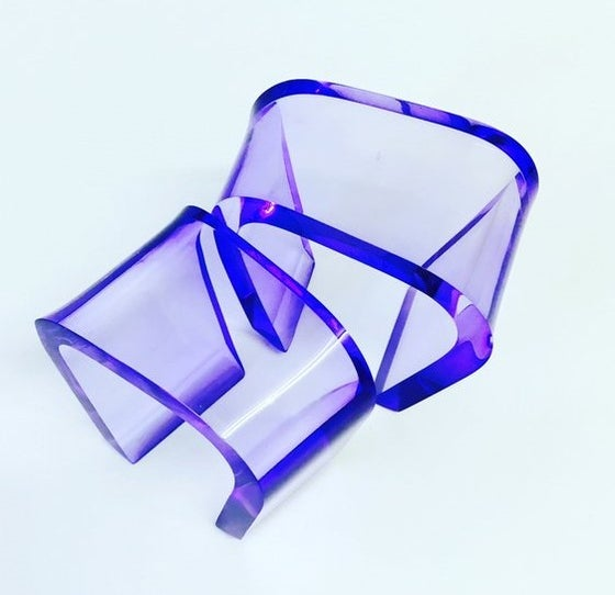 Image of Shapeshifter Bangle Blue Violet