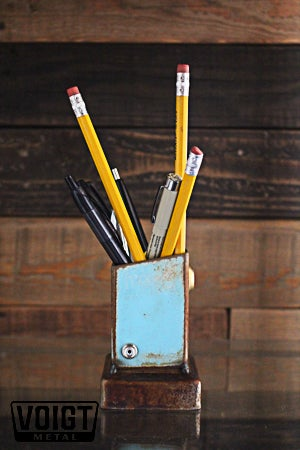 Image of Desk organizer/Small: Pencil Pusher Robot Sky Fox