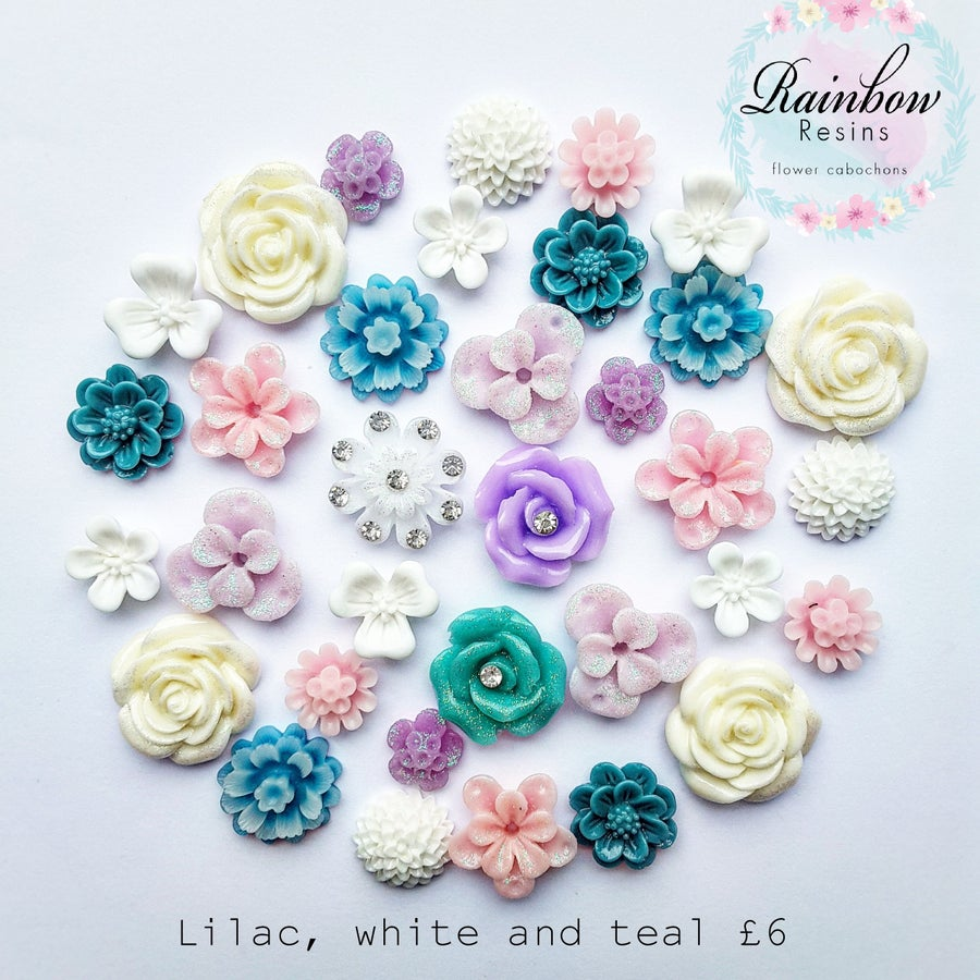 Image of Lilac, white and teal