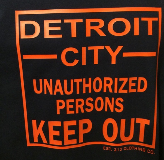 Image of DETROIT 'UNAUTHORIZED PERSONS KEEP OUT' T-SHIRT NAVY/ORANGE