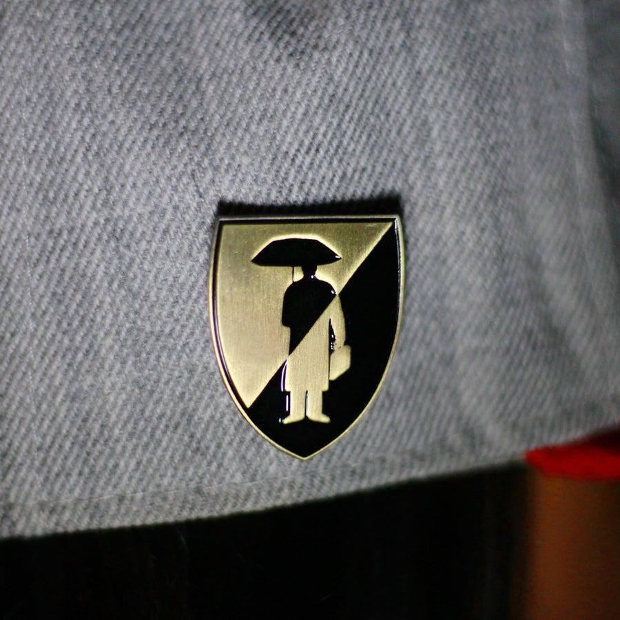 Image of Umbrella Shield Antique Gold/Black