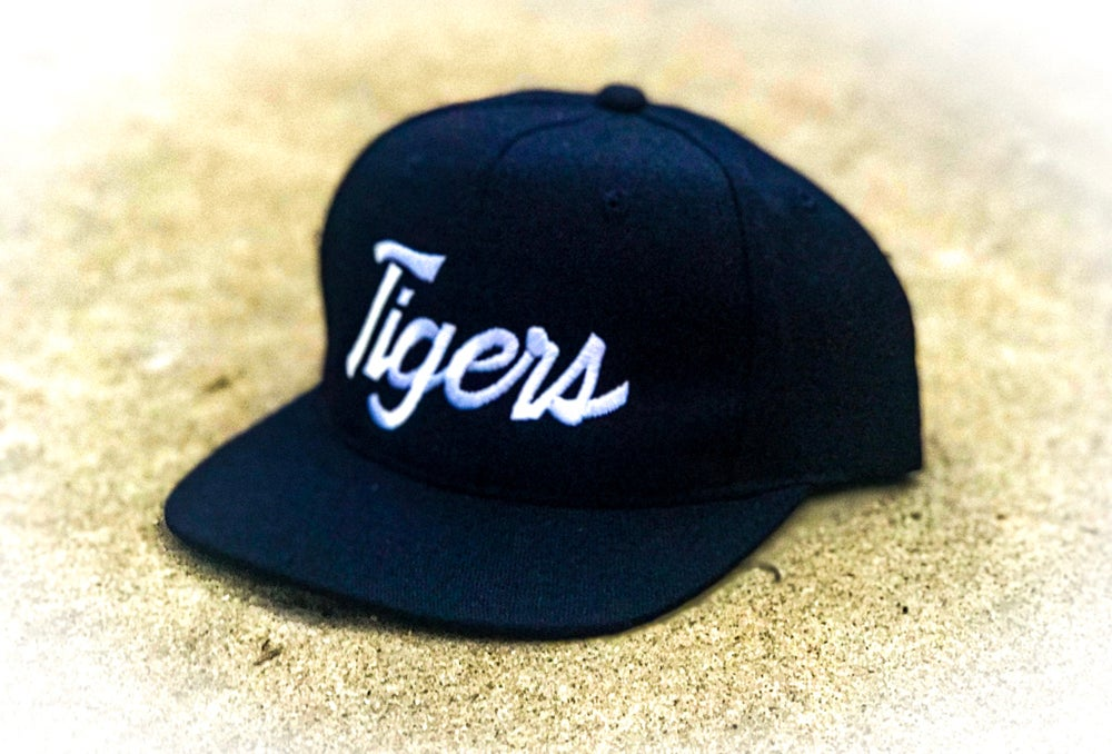 Image of Detroit Tigers Single Line Script Snapback Youngan