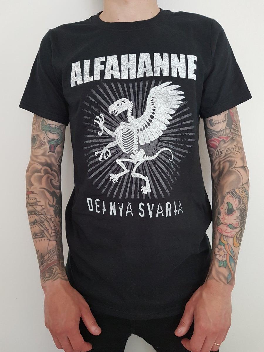 """Image of Alfahanne """"Det nya svarta"""" T-shirt"""