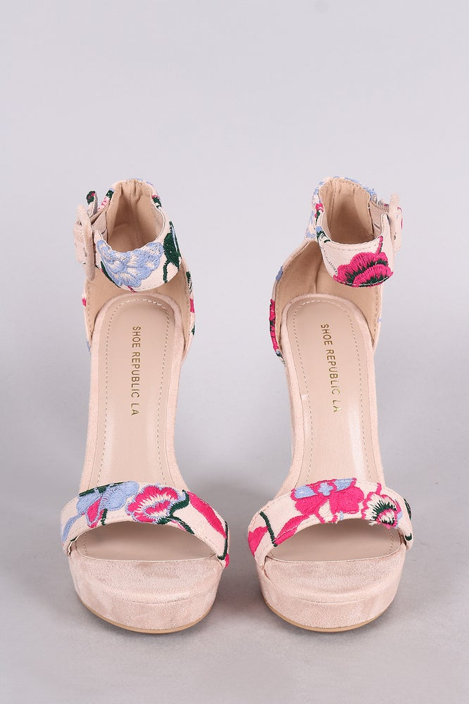 Image of Floral Maxine Chunky Heel Sandal