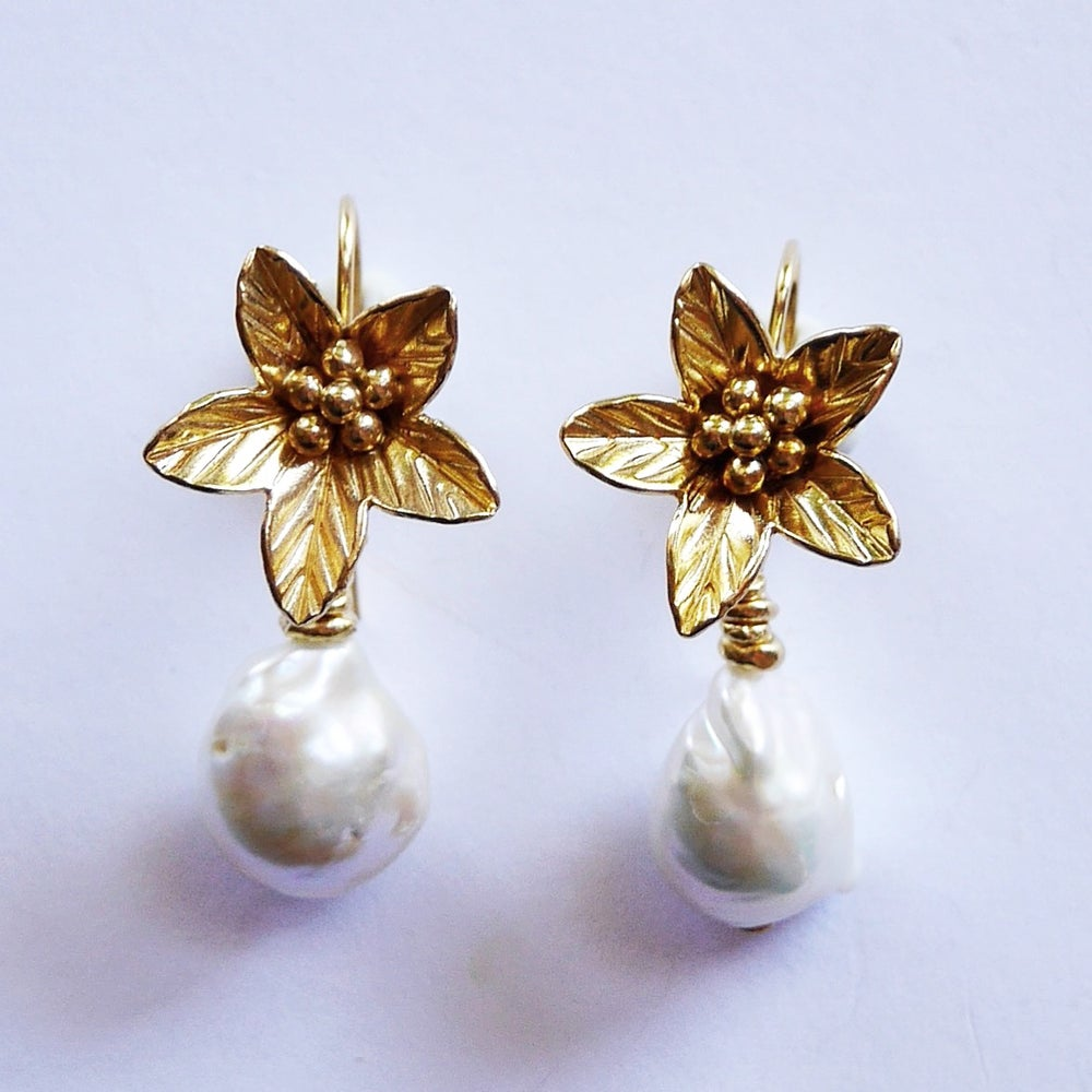 Image of Ara Earrings (available in silver or gold)