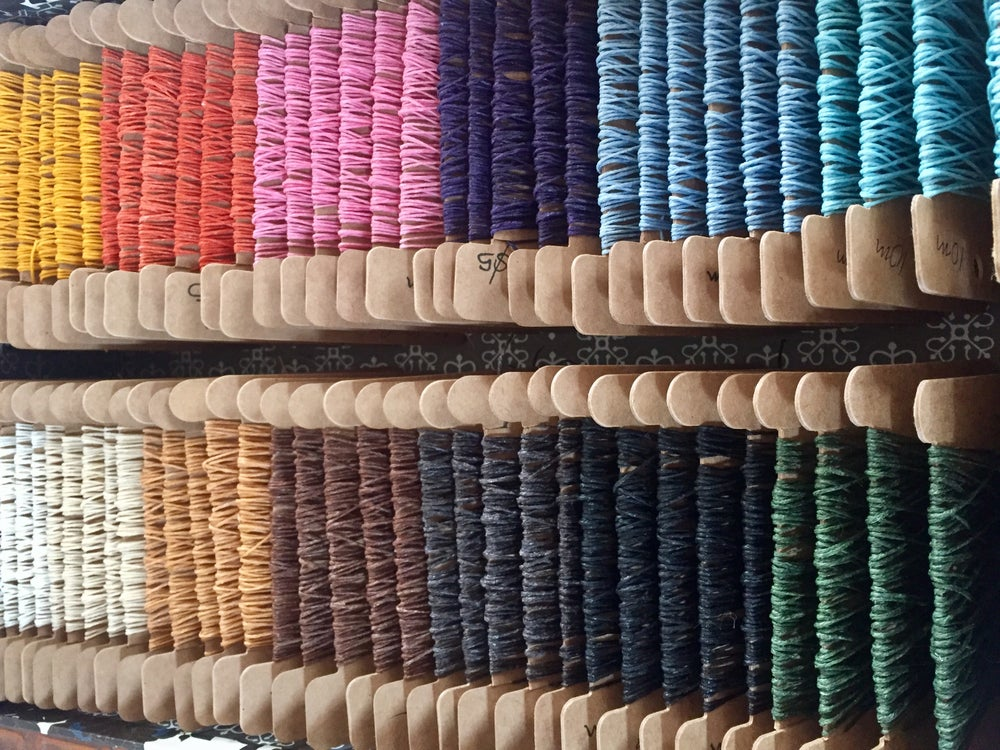 Image of THREAD Linen, waxed, 4 ply, 10m