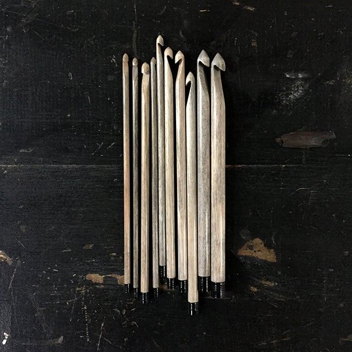 """Image of Lykke """"Driftwood"""" crochet hooks set"""