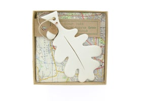 Image of Porcelain Oak Leaf & Acorn Decoration