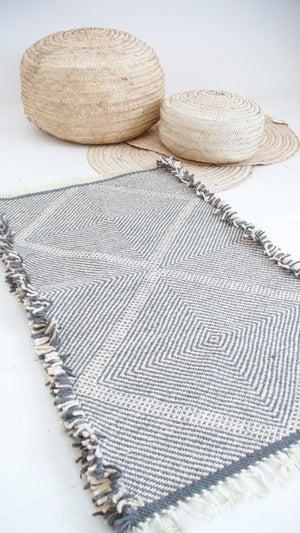 Image of Moroccan Small Kilim Rug - Diamond Pattern Flatweave #3