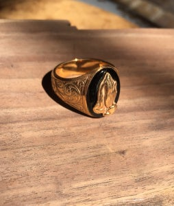 Image of Gold & onyx engraved prayer hands ring