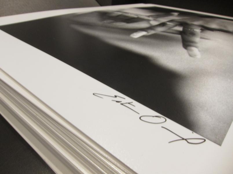 "Image of ""L.A. Fingers"" by Estevan Oriol"