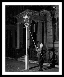 Image of SP08-Lamplighter, Kensington c1930