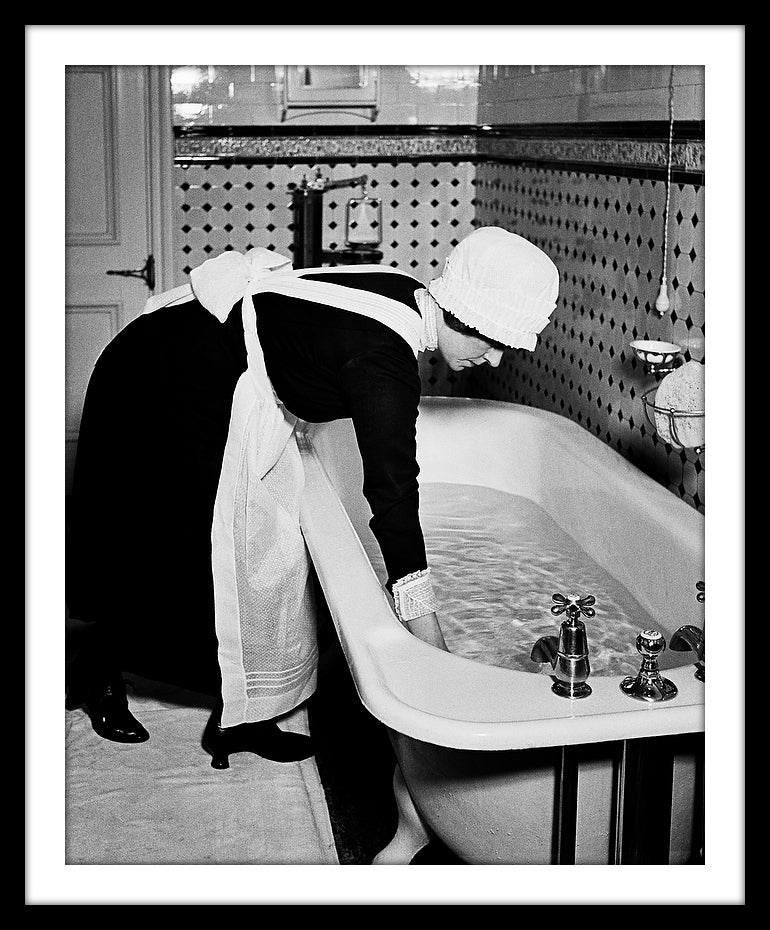 Image of SP18-Parlourmaid prepares madam's bath, 1939