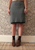 Image of Vintage Black White Dogtooth Knitted Skirt UK 14 Eur 42 US 10