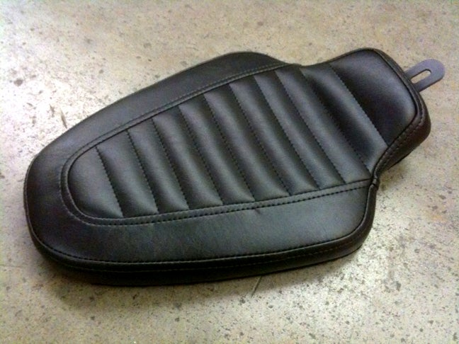 """Image of BOLT ON! Old Gold """"Cobra King"""" seat: 82-03 Sportster (Solo)"""