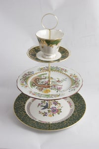 Image of 'Emerald Peacock's china cake stand