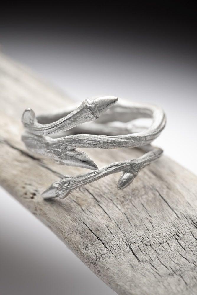 Image of Light Elvish Twine<br>Silver Twig Ring