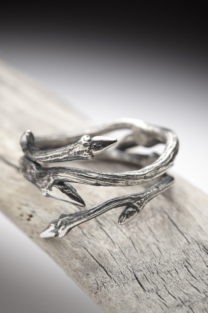 Dark Elvish Twine Silver Twig Ring Redsofa