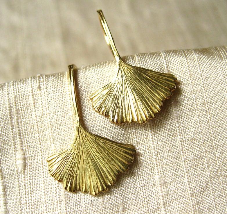 Image of Ginkgo Leaf Earrings 18k Gold