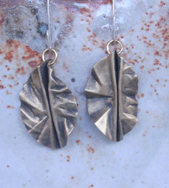 Image of leaf 2 earrings