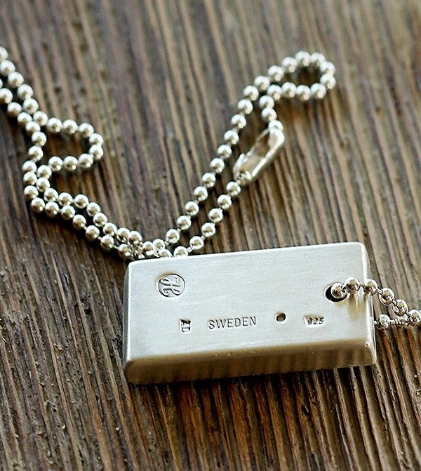 Image of Splendid - The Sterling Silver Bar Necklace
