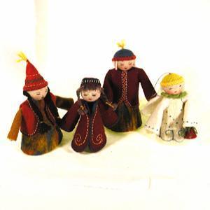 Image of Medium felt dolls