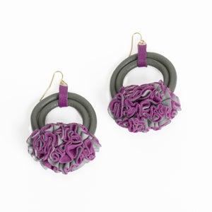 Image of victorian ruffle edge earrings