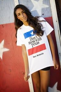 Image of Vintage  Don't mess with Texas Tee