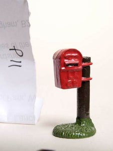 Image of 1896 Lamp Letterbox (P11)