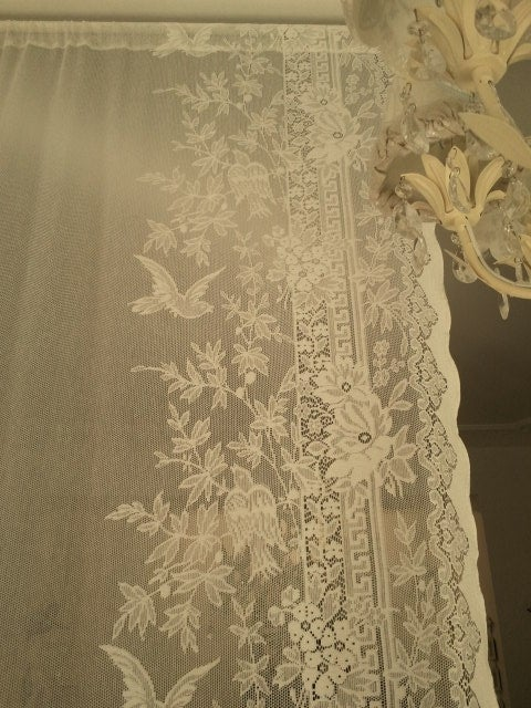 "Image of Tenda di pizzo ""Ivory Birds Panel"" Anna French - Lace collection"