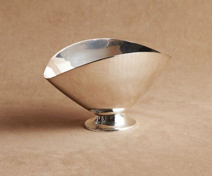 Image of Silverplated Almond Shape Vase BC-209