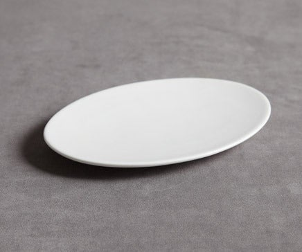 Image of Oval Porcelain Plate BC-093