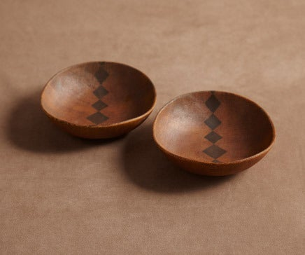 Image of Pair of Earthenware Bowls with Diamond Pattern BC-030