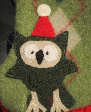Image of Holiday Owl on Green Argyle
