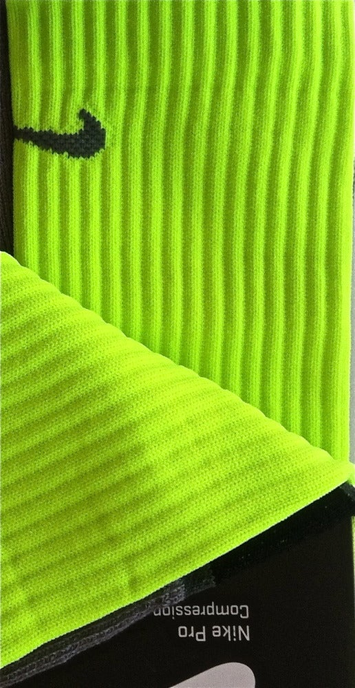 Image of Nike Elite Volt (Oregon BCS) Socks