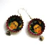 Image of Frida Kahlo self portrait.