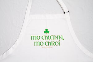 Image of Gaelic Apron White