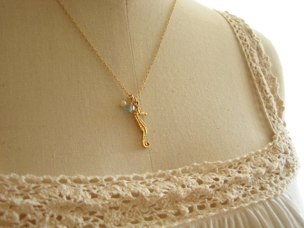 Image of Seahorse necklace - Mo'o Lio Gold
