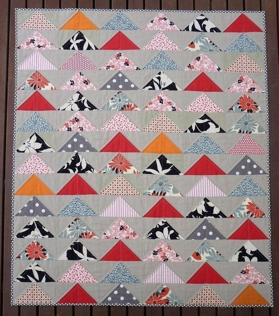 Image of Modern Flying Geese Quilt Pattern (pdf file)