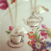 Image of Tea cup & Tea pot