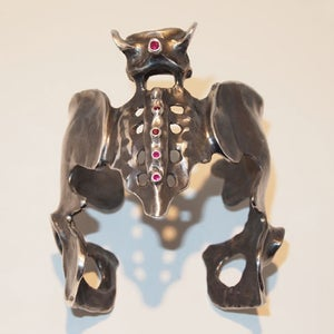 "Image of ""Pelvic Cuff"", Black Rhodium Silver"